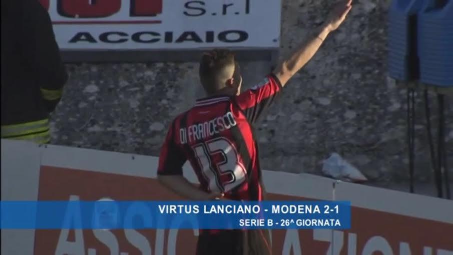 Lanciano Di Francesco, saluto romano dopo il gol