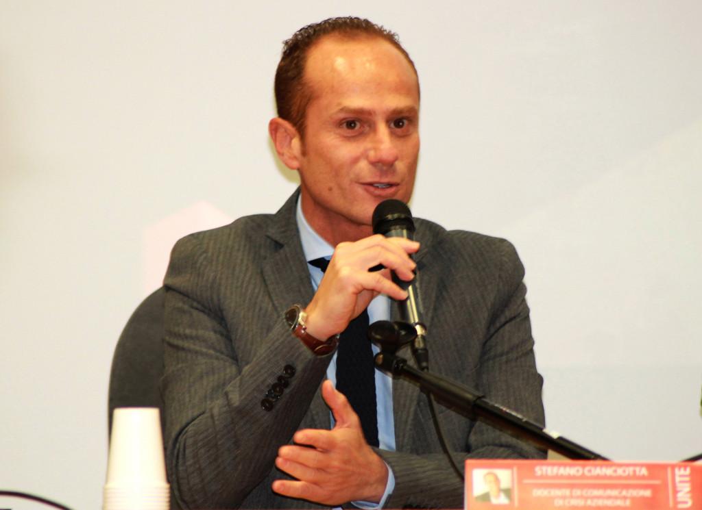 Teramo: Ricercatore abruzzese al Forum della Difesa