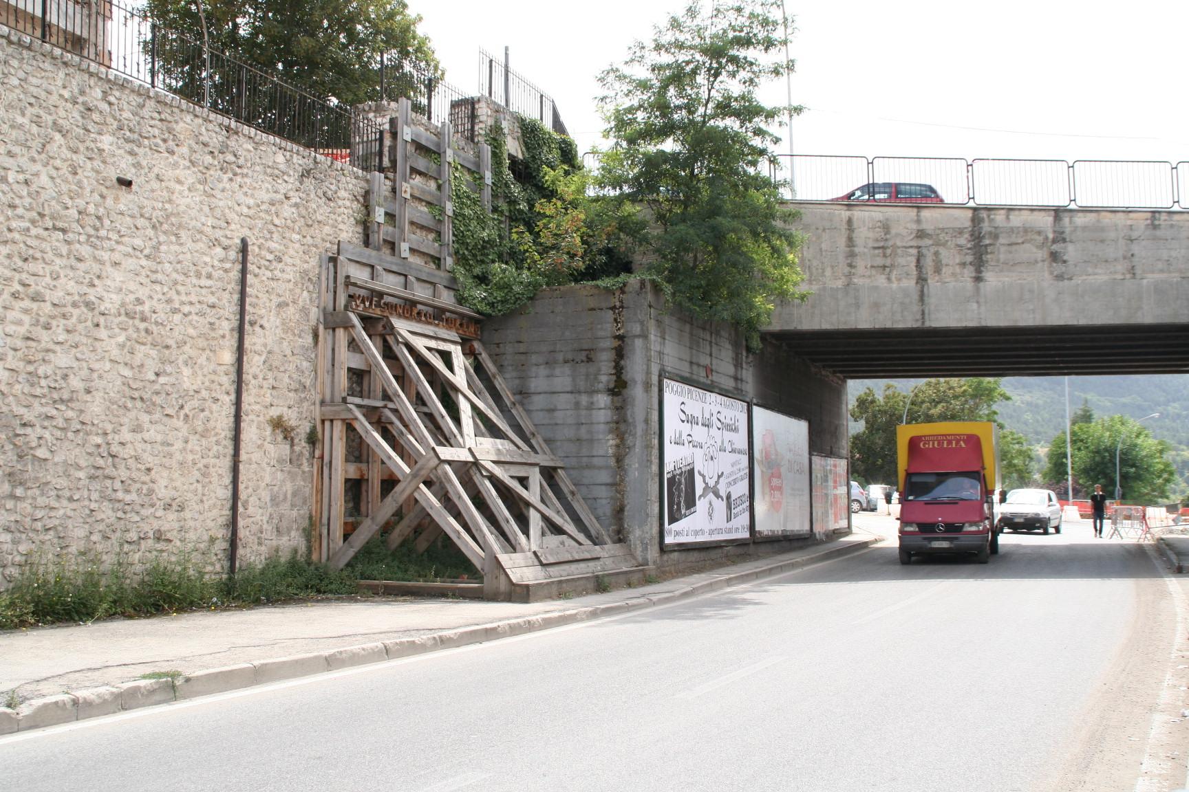 Porta Barete, il piano di recupero si farà ma il civico 207 resiste