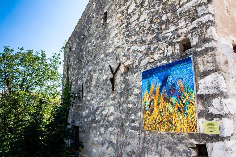 Il paese dei mosaici rende omaggio alla Madonna