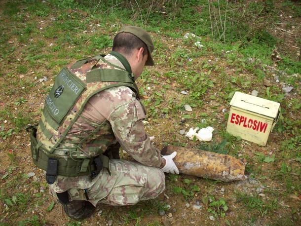 Ortona: gli artificieri disinnescano 4 bombe