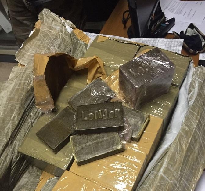 800 Kg hashish sequestrati da Gdf: droga anche per Abruzzo