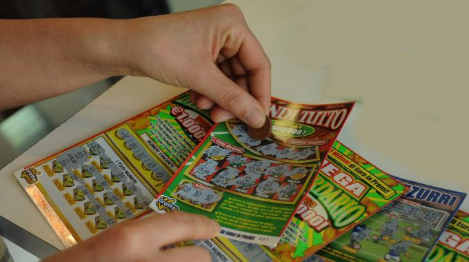 Trasacco: il neo milionario fa trovare il biglietto vincente