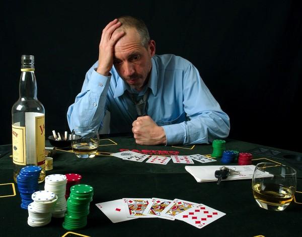 Gioco d'azzardo a L'Aquila: Crescita preoccupante