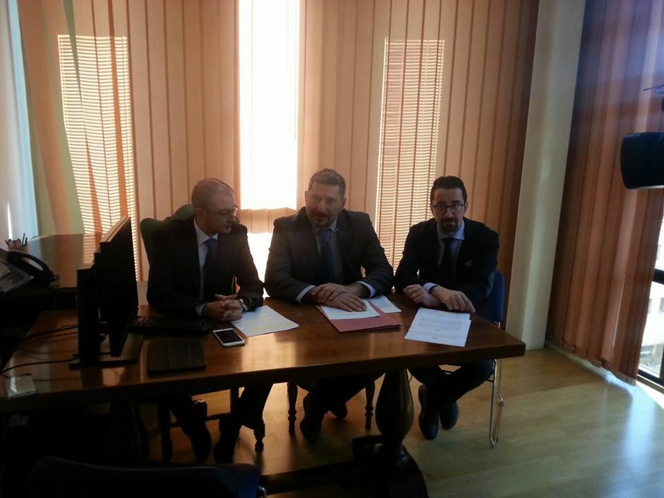 M5S: una legge per ridurre bollette gas e luce agli Abruzzesi