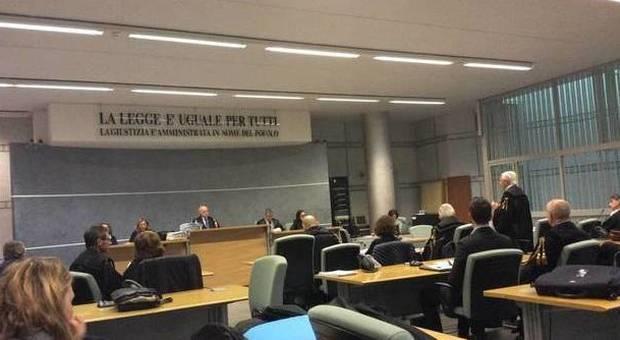 "Rifiutopoli: ""manca l'accordo corruttivo"""