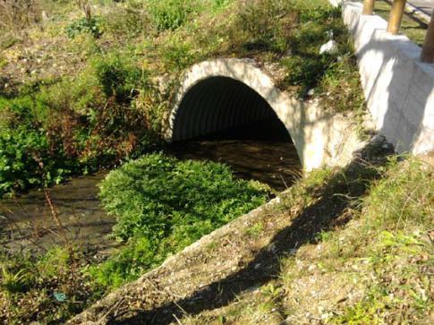 Scarichi sospetti nel fiume Pescara