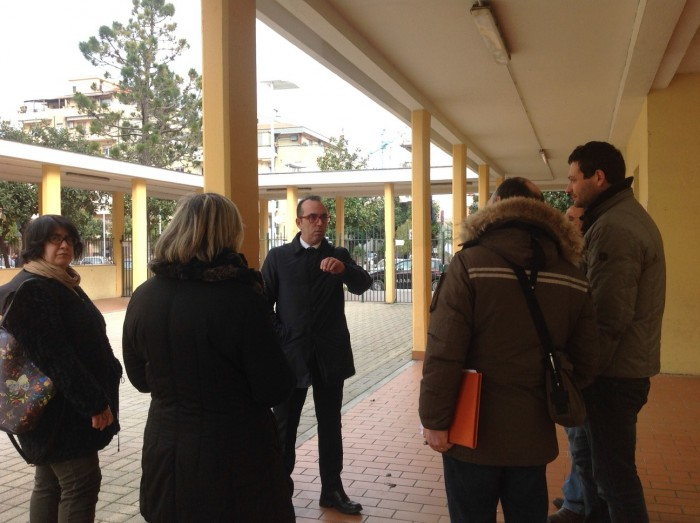 Montesilvano: maestra contestata, sindaco incontra mamme