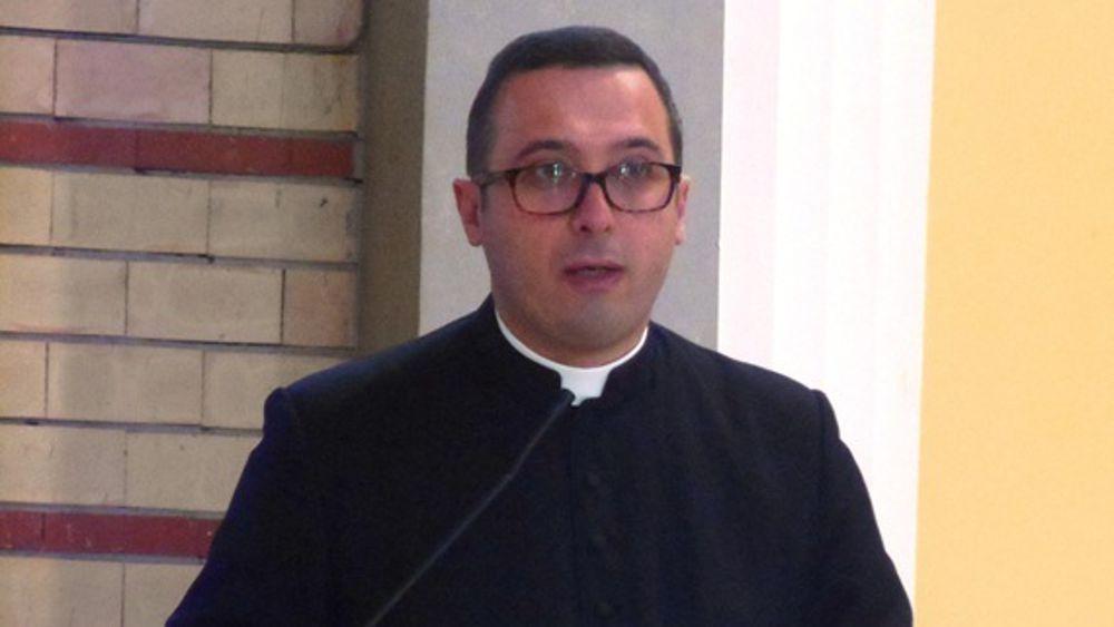 Prete pedofilo a Villa Raspa: Per Don Vito basta la condanna della Chiesa?