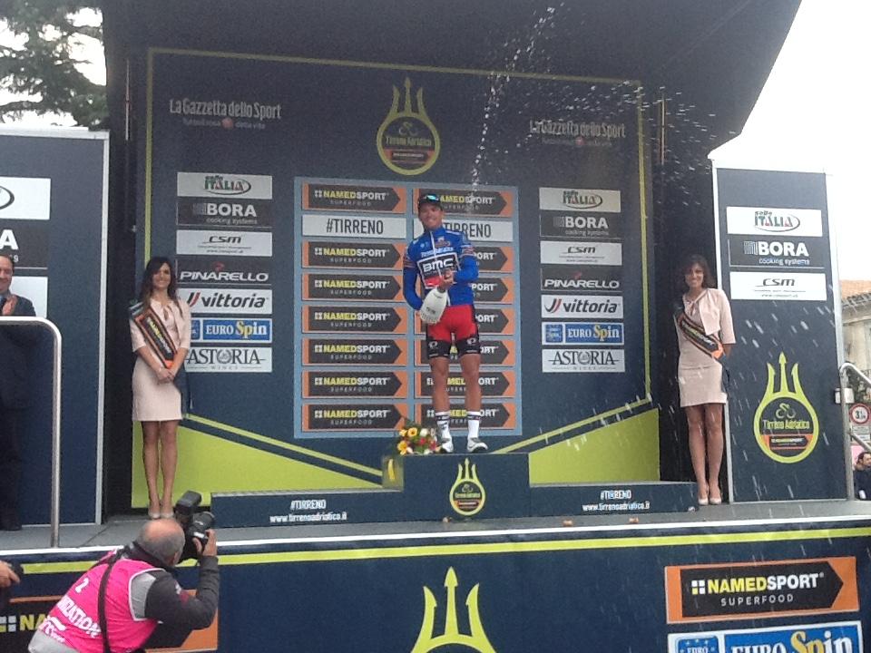 Tirreno Adriatico Cepagatti, Van Avermaet tappa e maglia