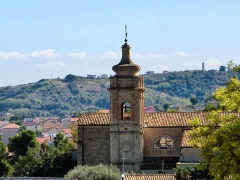 Francavilla: nuovi arredi per la Chiesa di Sant'Antonio