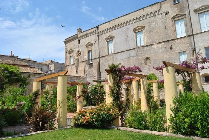 Vasto: riaperti i giardini di Palazzo D'Avalos