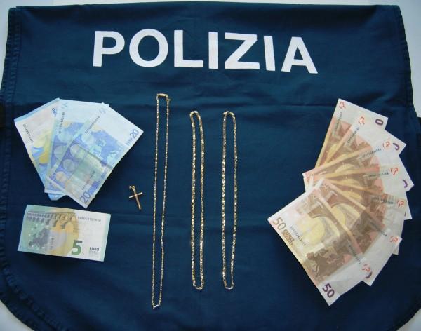 Rapina a Sulmona: Tre finte clienti svaligiano gioielleria