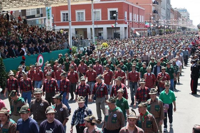 Teramo: Raduno degli alpini in memoria dei terremotati