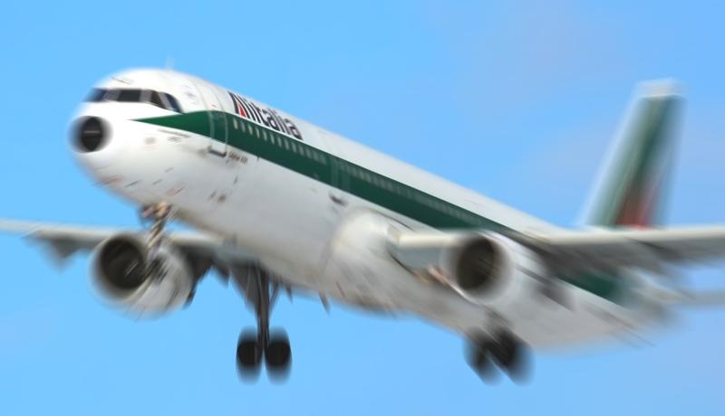 Su scelte Alitalia D'Alfonso chiede incontro a Ball