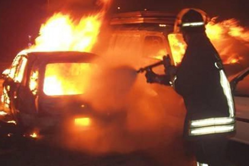 Francavilla, auto incendiata in Via Alento
