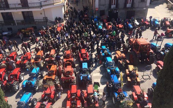 benedizione-trattori-tollo1