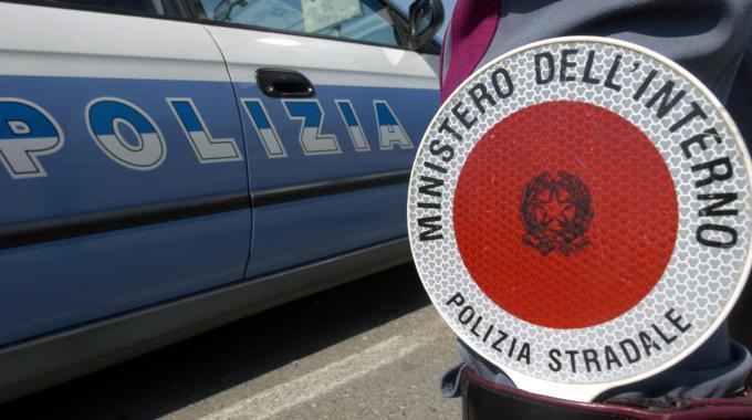 Teramo: Stradale sequestra pullman per gita scolastica