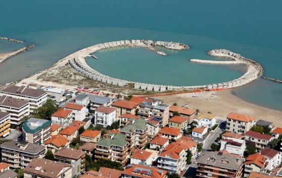 Non si placano le polemiche sul porto di francavilla al mare for Mobilia arredamenti francavilla al mare