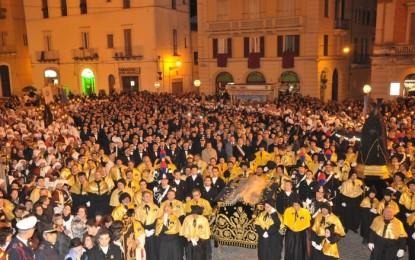 Processioni venerdì Santo: Chieti e altre 5 stasera su Rete8