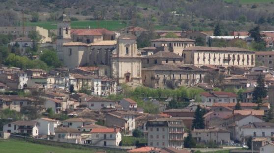 San Demetrio e la ricostruzione lenta: sono 92 i consorzi fermi