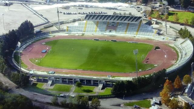 Chieti: la protesta dei giovani atleti all'Angelini