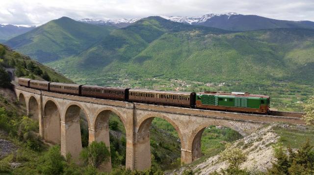 """Ferrovie: in viaggio sulla """"Transiberiana d'Italia"""""""