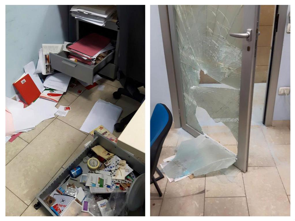 Pescara: vandali devastano uffici anagrafe Comune