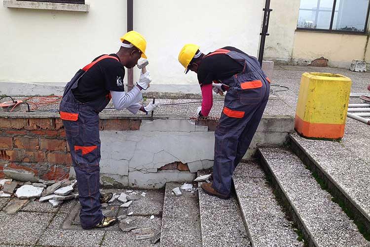 Pescara: un protocollo per lavori socialmente utili ai migranti