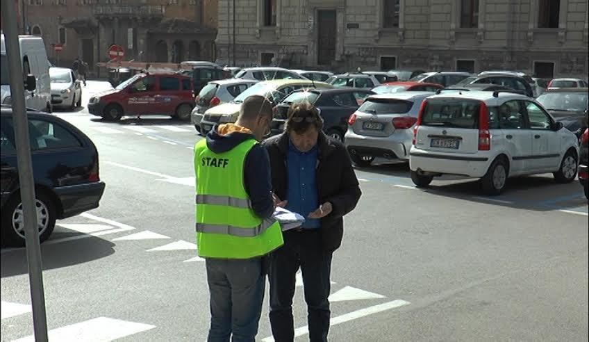 Teramo, Piazza Dante il pd all'attacco