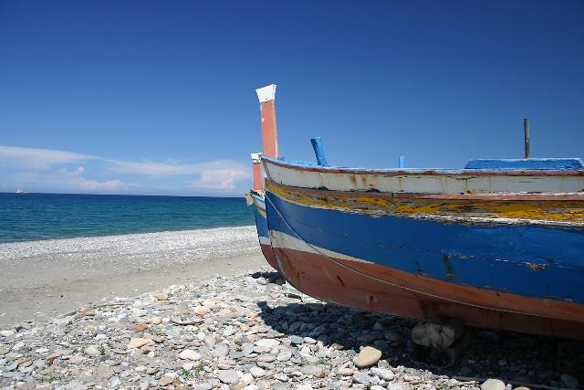 barca-in-spiaggia