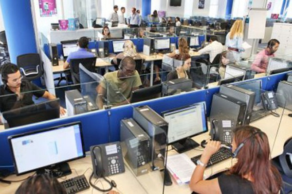 L'Aquila: call center 80 posti a rischio, incontro con Lolli