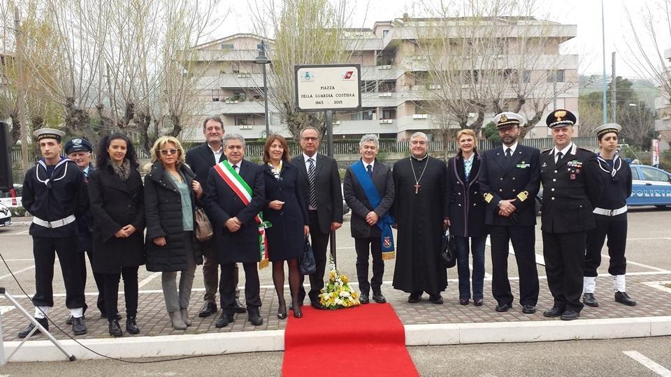 Roseto: inaugurata Piazza della Guardia Costiera