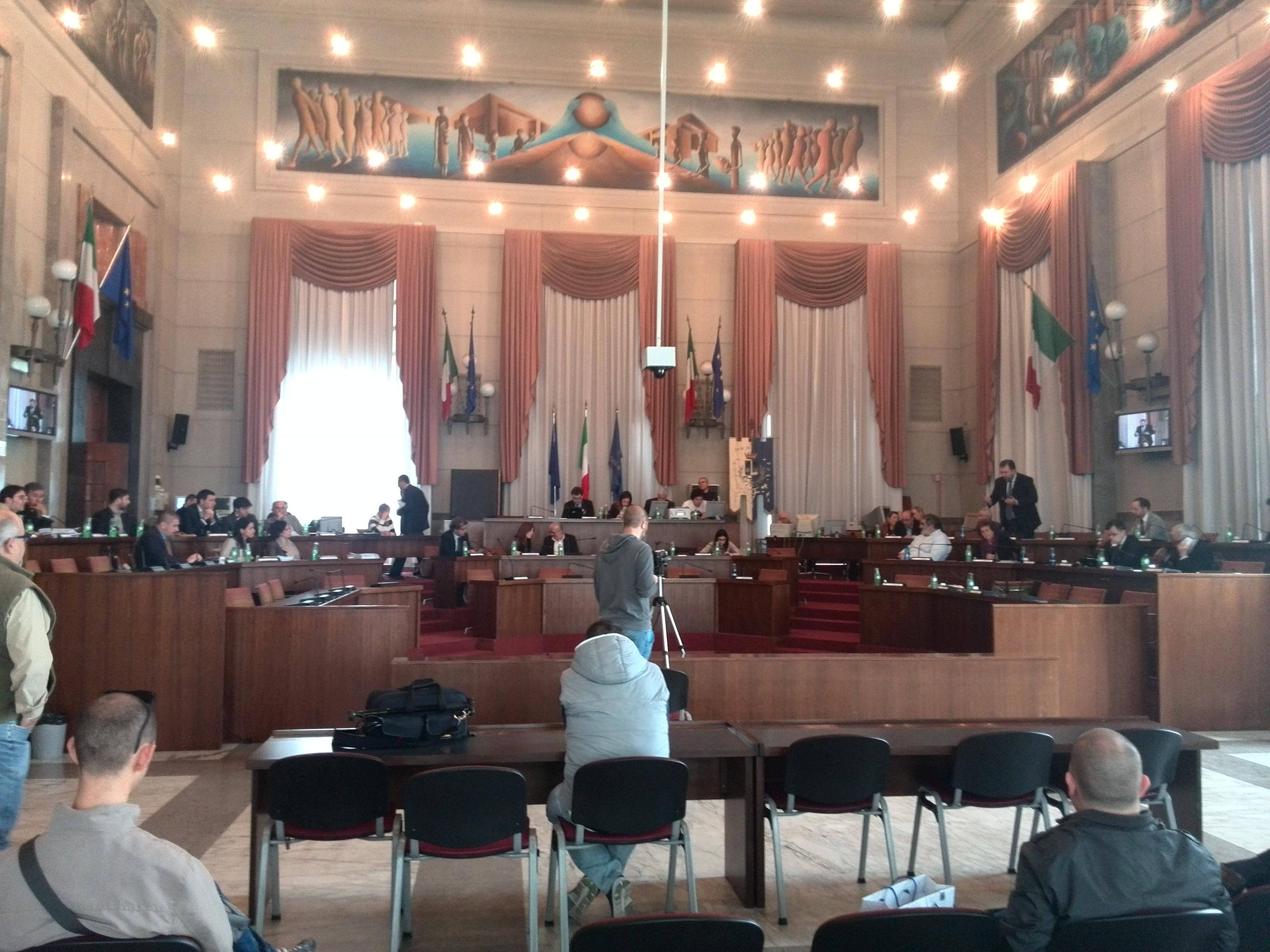 Pescara: nuovi scontri in consiglio sulla tassa di soggiorno