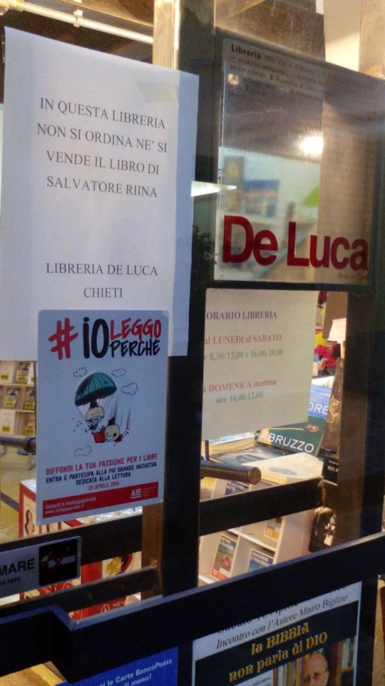 Chieti: libreria si rifiuta di vendere libro Riina jr