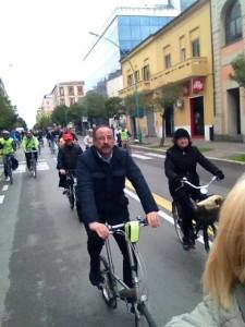 del vecchio in bici