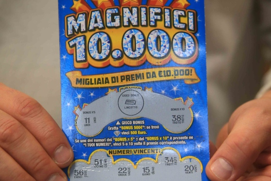 Guastameroli: gratta e vince 10 mila euro