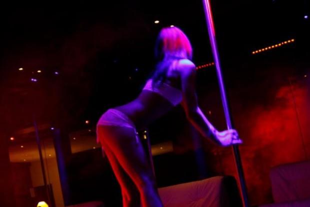 Blitz in night club di Vasto: trovate ballerine in nero