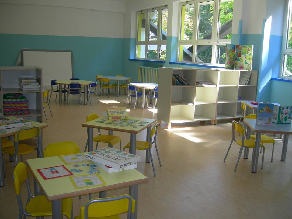 """Scuola Tricalle a Chieti, """"epidemia"""" del virus tra alunni e maestre"""