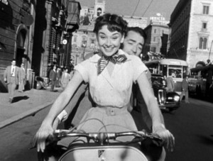 Audrey_Hepburn_and_Gregory_Peck_on_Vespa