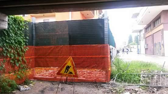 Montesilvano: Via chiusa da residenti con cancello