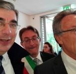 Ad attendere Matteo Renzi il governatore Luciano D'Alfonso, il vice presidente della regione Giovanni Lolli e il sindaco de L'Aquila Massimo Cialente