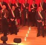 Ore 10,22: Renzi è arrivato e parla con i sindaci