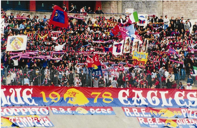 Playout Lega Pro, L'Aquila: giocatori offrono biglietto tifosi
