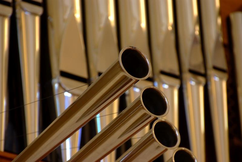 Alba Adriatica, pignorato organo parrocchiale