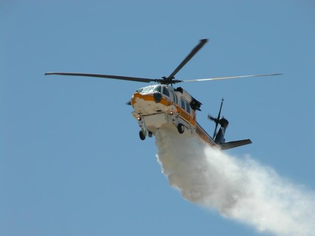 Incendi boschivi: convenzione Regione-Cfs per uso elicottero