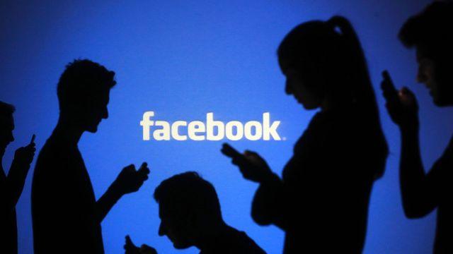 Teramo: insulti su fb, a processo per diffamazione aggravata