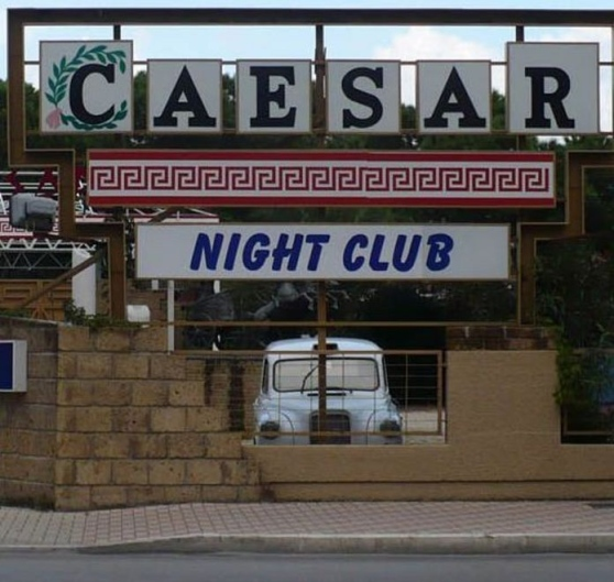 caesars club schließmuskel gerissen