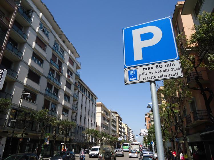 Parcheggi a pagamento Pescara; un milione dalla Ecoesse