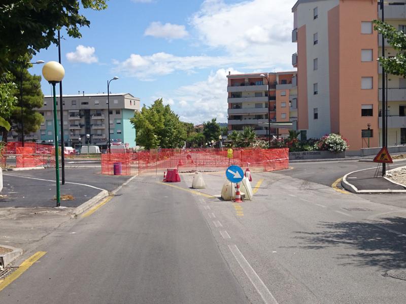 Pescara, ripresi lavori in via di Sotto